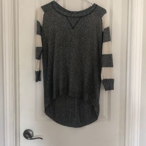 3-4 sleeve light weight sweater